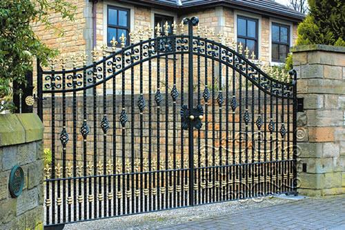 Thiết kế cổng nhà đẹp 5