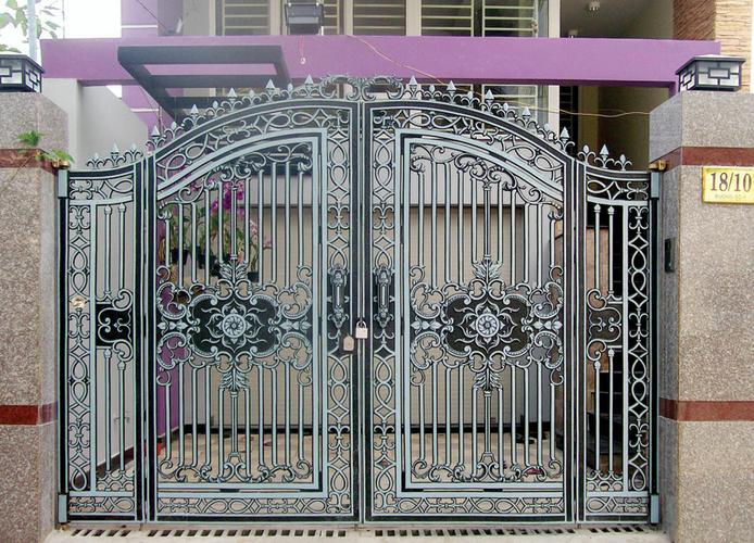 Mẫu cổng nhôm đúc-HG36