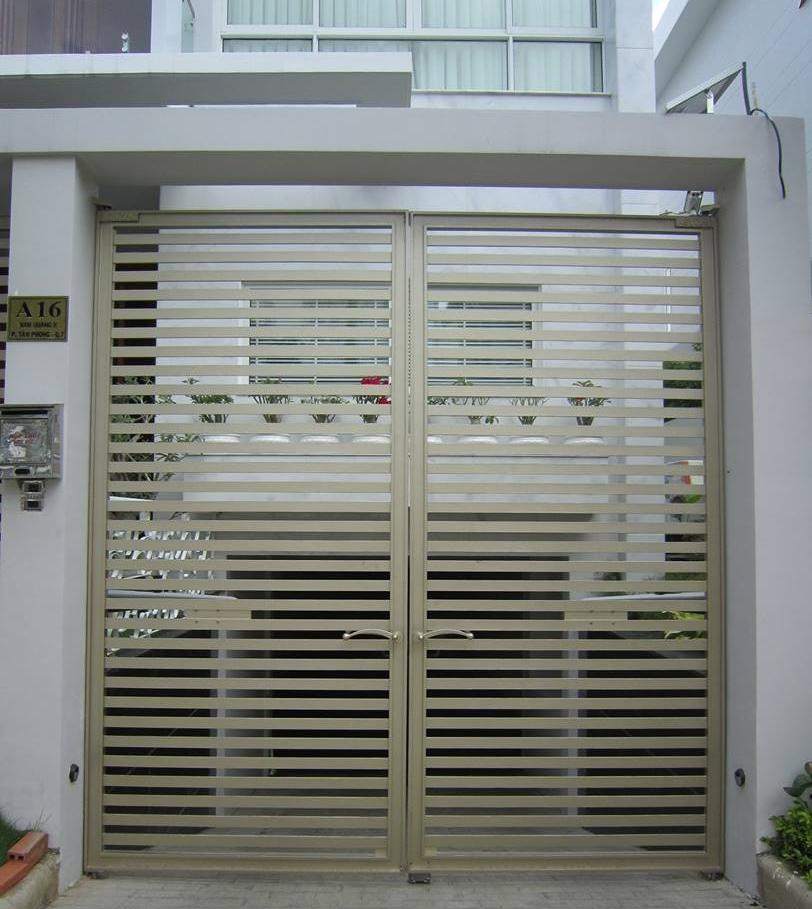 Mẫu cổng nhôm đúc nhà phố -HG35