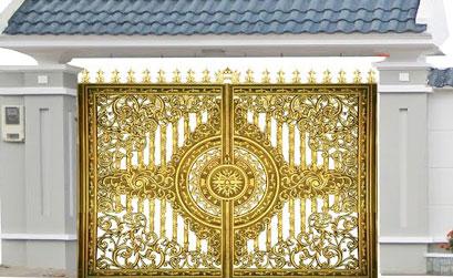 Mẫu cổng nhôm đúc- mẫu 56: Mẫu thiết kế cổng tứ linh vuông